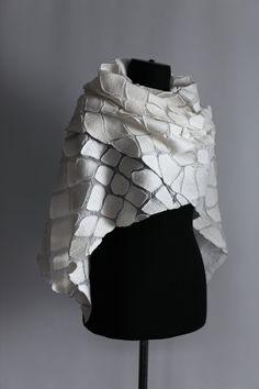 Nuno Felted Scarf Wrap Undyed Off White Wedding от FeltedPleasure Felt Fabric, Gauze Fabric, Fabric Art, Nuno Felt Scarf, Wool Scarf, Felted Scarf, Felt Gifts, Nuno Felting, Fabric Manipulation