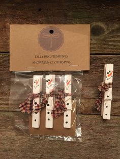 Primitive Set of 3 Snowman Clothespins Hand painted Christmas Ornaments or Tag Clips with Homespun Scarves