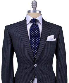 Belvest Dark Grey with Ivory Stripe Suit 2 button jacket Purple melton Light purple cupro lining Partially lined Notch lapel Flap pockets Double vents Flat front pant Drop: 8 wool, silk Made in Italy Mens Fashion Suits, Mens Suits, Fashion Outfits, Fashion Ideas, Men's Fashion, Mode Chic, Mode Style, Sharp Dressed Man, Well Dressed Men