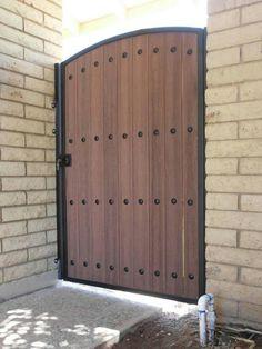 Home Gate Design, Iron Gate Design, Door Design, Wooden Garden Gate, Wooden Gates, Front Gates, Entry Gates, Composite Door, Gate House