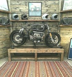 """Brilliant shot taken from Elders Company for this BMW Do you love it? classic silhouette from the lads over at…Beast in The Room """" BMW by… Glass Industry Terms – Everything You've… Vad är frit? Bmw Cafe Racer, Cafe Racers, K100 Bmw, Bmw E36, Bmw Motorcycles, Vintage Motorcycles, Motocross, Suv Bmw, Honda Cx500"""