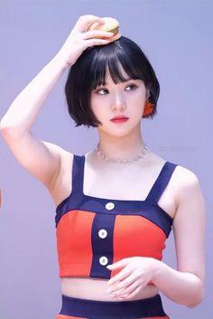 Asian Cute, Beautiful Asian Girls, Beautiful Freckles, Arin Oh My Girl, Ulzzang Korean Girl, Asian Hair, Asia Girl, Asian Fashion, Korean Girl Groups