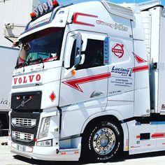 Trucker Craft (@TruckerCraft) | Twitter Volvo Trucks, Rc Trucks, Semi Trucks, Cool Trucks, Road Hog, Hot Black Women, Peterbilt, Tamiya, Rigs