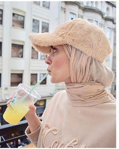 "Hijabi Idol 🧕🏽 on Instagram: ""~~~~~~~~~~~~~ FOLLOW @hijabstyleicon #tesettur#hijabfashion #hijab #hijabi #love #hijabers #hijabstyle modest #modestwear…"""