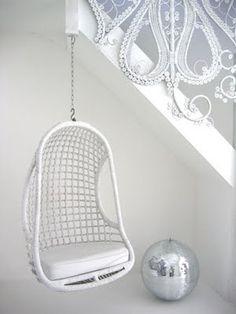 #Lifestyle | #Decoration_interieur #Interior_design | #Fauteuil suspendu cocon | Suspended #armchair cocoon