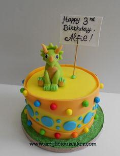 Charming Dinosaur triceratops cake