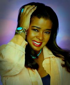 Irene Cara Irene Cara (born Irene Cara Escalera; March 18 1959) is an American singer songwriter and actress. She became famous for her role in the 1980 film Fame earning her a Golden Globe nomination and her recording of the song Fame became an international hit. Cara won an Academy Award in 1984 in the category of Best Original Song for co-writing Flashdance What a Feeling which also became an international hit. Early life Cara was born in New York City. Her father Gaspar Cara was…