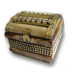 http://gift4shopping.com/photos/bone-handicrafts/jewelry-boxes/jewelry-boxes2-big.jpg