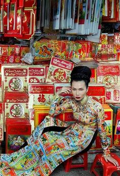 """'thank you Saigon' Vietnamese designer Nguyen Cong Tri - """"a  self-taught fashion visionary"""" as described by Not Just A Label - photo: An Le #FashionCapitals"""