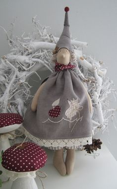 Merry Christmas To All, Christmas Crafts, Fabric Toys, Jingle All The Way, Felt Patterns, Sewing Dolls, Doll Maker, Waldorf Dolls, Soft Dolls