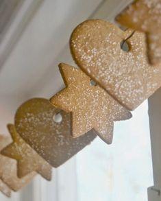 Egy finom Pepparkakor (eredeti svéd gyömbéres keksz) ebédre vagy vacsorára? Pepparkakor (eredeti svéd gyömbéres keksz) Receptek a Mindmegette.hu Recept gyűjteményében! Gingerbread Cookies, Christmas Cookies, Crackers, Food And Drink, Xmas, Cooking, Cake, Creative, Recipes