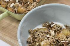 -jablecny-crumble Oatmeal, Breakfast, Food, The Oatmeal, Morning Coffee, Rolled Oats, Essen, Meals, Yemek