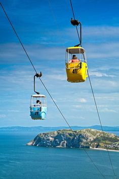 We share our thoughts in the Llandudno Cable Car experience in Wales. Car Experience, Station Balnéaire, Win Tickets, Happy Valley, Parc National, Wales, Tourism, Travel, Julie