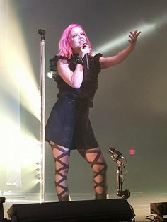 Shirley Manson- Garbage 20 Years Queer Tour 2015