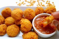 Phulauri is een heerlijke Surinaamse snack van gele spliterwten die je kan frituren met de cold oil frying techniek. Zo zuigt de phulauri bijna geen vet op!