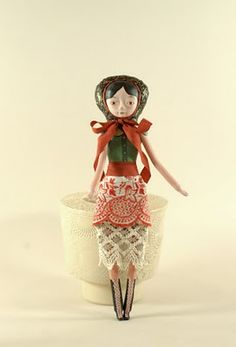 """amazing dolls by Elsa Mora I know I'm not a doll lover..but these are soo cute...""""vintage-ish"""""""