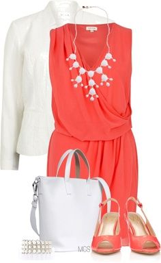Coral Mother of the bride outfit - beach wedding