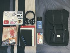 typicalpremedasian: Just a quick little what's in my bag before heading to the library. ---- really love the computer stickers and backpack! School Bag Essentials, Travel Bag Essentials, What In My Bag, What's In Your Bag, Vsco Packs, Everyday Carry Bag, What's In My Backpack, Inside My Bag, Plan For Life