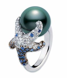 Mikimoto Starfish Ring Black South Sea cultured pearl, of diamonds and of sapphires, set in white gold. Pearl Jewelry, Jewelry Rings, Jewelry Accessories, Fine Jewelry, Jewelry Design, Jewlery, Pearl Bracelets, Pearl Necklaces, Rhinestone Jewelry