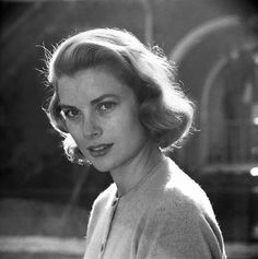 Grace Kelly by Loomis Dean, February 1954