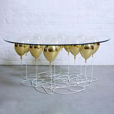 """""""Up Balloon Coffee Table Round Edition 2015″"""