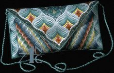 Discover thousands of images about Bargello clutch :: prototype Broderie Bargello, Bargello Needlepoint, Bargello Quilts, Needlepoint Stitches, Needlepoint Canvases, Needlework, Embroidery Patterns Free, Diy Embroidery, Embroidery Stitches