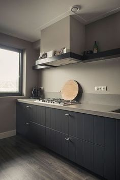 Painting Ideas For Walls Kitchen is certainly important for your home. Whether you choose the Kitchen Color Ideas For Walls or Kitchen Decor Ideas Decoration, you will make the best Color Ideas For Kitchen Walls for your own life. My Kitchen Rules, Kitchen On A Budget, New Kitchen, Kitchen Decor, Kitchen Taps, Cottage Kitchen Cabinets, Kitchen Cabinet Design, Tadelakt, Dining Room Design