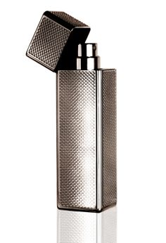Le vapo briquet by Terry http://www.vogue.fr/beaute/buzz-du-jour/diaporama/le-vapo-briquet-by-terry/15685