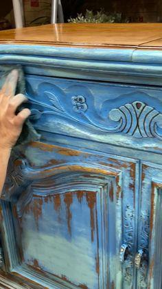 Furniture Fix, Diy Pallet Furniture, Repurposed Furniture, Furniture Projects, Furniture Makeover, Funky Painted Furniture, Distressed Furniture, Refurbished Furniture, Antique Restoration