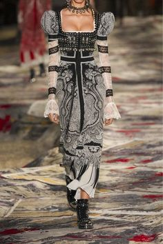 Alexander McQueen - Paisley-print Silk Crepe De Chine Midi Dress - Black - IT42