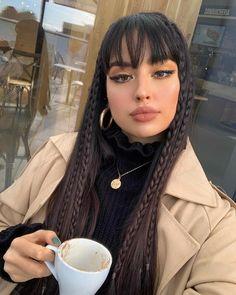 Aperte 2x na Imagem e veja como ganhar mais de 5 Mil Reais fazendo penteados femininos, imperdível! Veja agora mesmo! #cabelos #cabelo #penteados #penteadosfemininos #cortescabelo #cabeloliso #cabelocacheado #cabelondado #cabelocrespo #cabelofeminino Baddie Hairstyles, Pretty Hairstyles, Straight Hairstyles, Girl Hairstyles, Hair Inspo, Hair Inspiration, Aesthetic Hair, Urban Aesthetic, Dream Hair