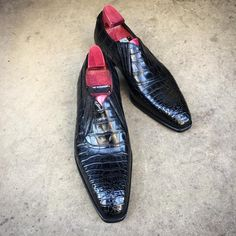 """The """"Byron"""" on the square Deco last. Made to Order in black alligator. #gazianogirling #gazianoandgirling #shoeporn #madetoorder #alligator #GGByron"""