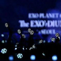 Exo Silver Ocean Wallpaper, L Wallpaper, Lightstick Exo, Park Chanyeol, Baekhyun, Aesthetic Light, Kpop Aesthetic, K Pop, Exo Official