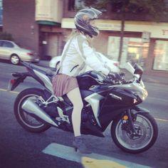 Heel motorcycle