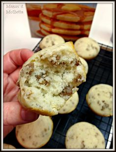 Pancake and Sausage Muffins NOTE: Tasty and Easy! Good for make ahead, heated up well in the microwave Breakfast On The Go, Quick And Easy Breakfast, Breakfast Items, Breakfast Dishes, Breakfast Recipes, Pancake Cupcakes, Pancakes, Meatloaf Cupcakes, Easy Egg Recipes