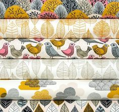 Line Leaf in Gold by Cloud9 half yard Bark and by HarvestFabrics. Materials: certified organic cotton, low impact dye