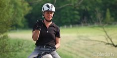 10 exercises you can do to improve your riding seat! Brave, Horse Training, Upper Body, You Can Do, Animals And Pets, Equestrian, Riding Helmets, Improve Yourself, Horses