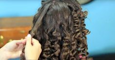 Mom Has A Simple Trick For Perfect Curls. This Is Her Secret