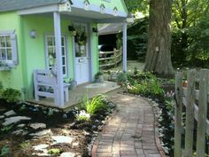 Coming together to look like a sweet little cottage haven!
