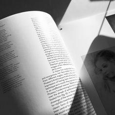 #picassoandmaya #design #artdirection #gagosiangallery #atelierdyakova #typography  #structure #pytefoundry #publication #gallery #art #graphicdesign #graphicdesigner #justified #picasso #fedrigoni #printisnotdead