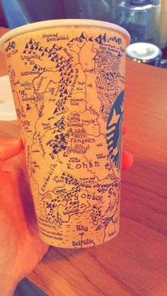 Starbucks Customer Draws a Detailed Map of Middle-Earth From 'The Lord of the Rings' & 'The Hobbit' on a Coffee Cup ~ Holy fucking crap! Middle Earth Map, The Middle, Jrr Tolkien, Gandalf, Legolas, Lotr, Geeks, Café Starbucks, O Hobbit
