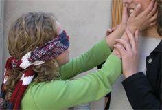 Juegos Populares y Tradicionales - La gallinita ciega