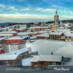 Winter in Røros. Norway Winter, Oslo, Old Houses, Winter Wonderland, Big Ben, Ice, Rooms, History, Building