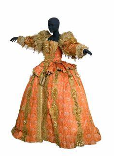 1600s Louis XIV. The origins of ballet. Imagine dancing in this!