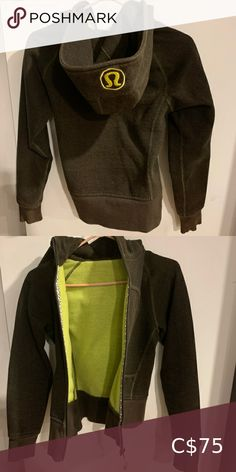 Lululemon reversible sweater Reversible to the green colour shown inside Barely worn True to size lululemon athletica Sweaters Plus Fashion, Fashion Tips, Fashion Design, Fashion Trends, Color Show, Colour, Lululemon Athletica, Hoodies, Sweatshirts
