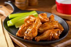 Back-Field Buffalo Wings Serve up these buffalo wings with a kick of cayenne and lime juice. Play around with amounts of honey and hot sauce to achieve the perfect match to your taste bud heat threshold. Buffalo Wings, Copycat Recipes, Sauce Recipes, Applebees Recipes, Bento, Food Dishes, Main Dishes, Fruit Sauce, Chicken Wing Recipes