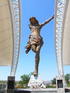 Cristo Roto de 28 metros de Altura en el Municipio de San Jose de Gracia Aguascalientes, Mexico