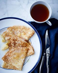 Crepes are extremely versatile, perfect for brunch, lunch, a light supper—and definitely dessert. Williams Sonoma, Churros, Sweet Crepes Recipe, French Crepes, Savory Crepes, Crepe Recipes, Snacks, Breakfast Recipes, Mexican Breakfast