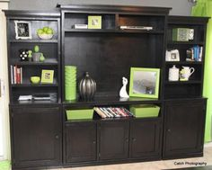 I want to make this!  DIY Furniture Plan from Ana-White.com  The FINAL PIECE. The center hutch. The creme de la creme!