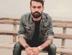 Rádio Base: Ex-integrante do Fresno grava novo clipe em São Pa...